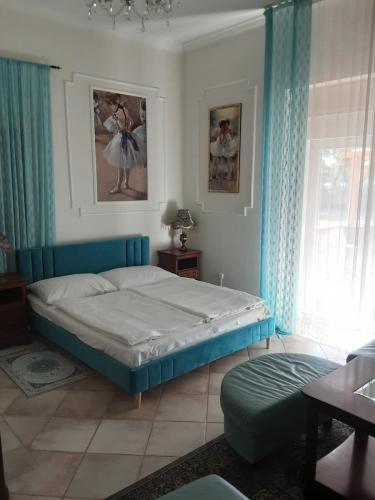 Kék szoba2